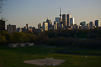 Toronto skyline from Riverdale park.