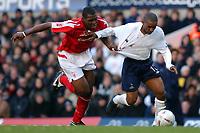 Fotball<br /> FA-cup 2005<br /> Tottenham v Nottingham Forest<br /> 20. februar 2004<br /> Foto: Digitalsport<br /> NORWAY ONLY<br /> Spur's Jermain Defoe gets away from Forrest's Wes Morgan