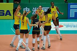 25-08-2010 VOLLEYBAL: WGP FINAL BRAZIL - JAPAN: BEILUN NINGBO<br /> Brazil losing the opening match against Japan 3-2 / Brazil celebrate <br /> ©2010-WWW.FOTOHOOGENDOORN.NL