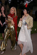 Marguerita Wennberg and Isabella Blow. The Serpentine Summer party co-hosted by Jimmy Choo. The Serpentine Gallery. 30 June 2005. ONE TIME USE ONLY - DO NOT ARCHIVE  © Copyright Photograph by Dafydd Jones 66 Stockwell Park Rd. London SW9 0DA Tel 020 7733 0108 www.dafjones.com