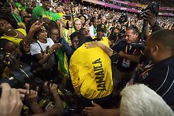 August 13, 2017 - London, STORBRITANNIEN - 170813 Jamaicas Usain Bolt kramar om sin mamma Jennifer Bolt efter att han gjort ett Årevarv under dag tio av friidrotts-VM den 13 augusti 2017 i London  (Credit Image: © Joel Marklund/Bildbyran via ZUMA Wire)