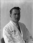 16/04/1962<br /> 04/16/1962<br /> 16 April 1962<br /> Smith's Garage Athy, Co. Kildare. Tom Powell.