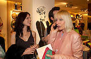 Liberty Ross and Virginia  Bates. H&M Flagship Store launch. at 17-21 Brompton Road, Knightsbridge. London. SW1. 23  March 2005. ONE TIME USE ONLY - DO NOT ARCHIVE  © Copyright Photograph by Dafydd Jones 66 Stockwell Park Rd. London SW9 0DA Tel 020 7733 0108 www.dafjones.com