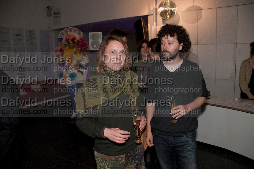 SARAH LUCAS; DR. JULIAN SIMMONS, The ICA's Psychedelica Gala Fundraising party. Institute of Contemporary Arts. The Mall. London. 29 March 2011. -DO NOT ARCHIVE-© Copyright Photograph by Dafydd Jones. 248 Clapham Rd. London SW9 0PZ. Tel 0207 820 0771. www.dafjones.com.