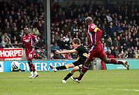 Photo: Mark Stephenson/Richard Lane Photography. <br /> Scunthorpe United v Cardiff City. Coca-Cola Championship. 19/04/2008. Cardiff's Aaron Ramsey shoots at goal