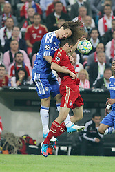 19.05.2012, Allianz Arena, Muenchen, GER, UEFA CL, Finale, FC Bayern Muenchen (GER) vs FC Chelsea (ENG), im Bild David LUIZ (FC Chelsea), links im Kopfballzweikampf mit Thomas MUELLER (Bayern Muenchen) // during the Final Match of the UEFA Championsleague between FC Bayern Munich (GER) vs Chelsea FC (ENG) at the Allianz Arena, Munich, Germany on 2012/05/19. EXPA Pictures © 2012, PhotoCredit: EXPA/ Eibner/ Eckhard Eibner..***** ATTENTION - OUT OF GER *****