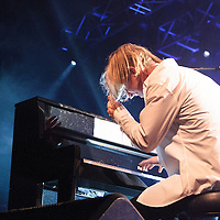 Tom Odell performing live at Manchester Academy, Manchester, 2013-10-19