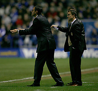 Photo: Steve Bond.<br />Leicester City v Leeds United. Coca Cola Championship. 13/03/2007. Dennis Wise and Gus Poyet give instructions