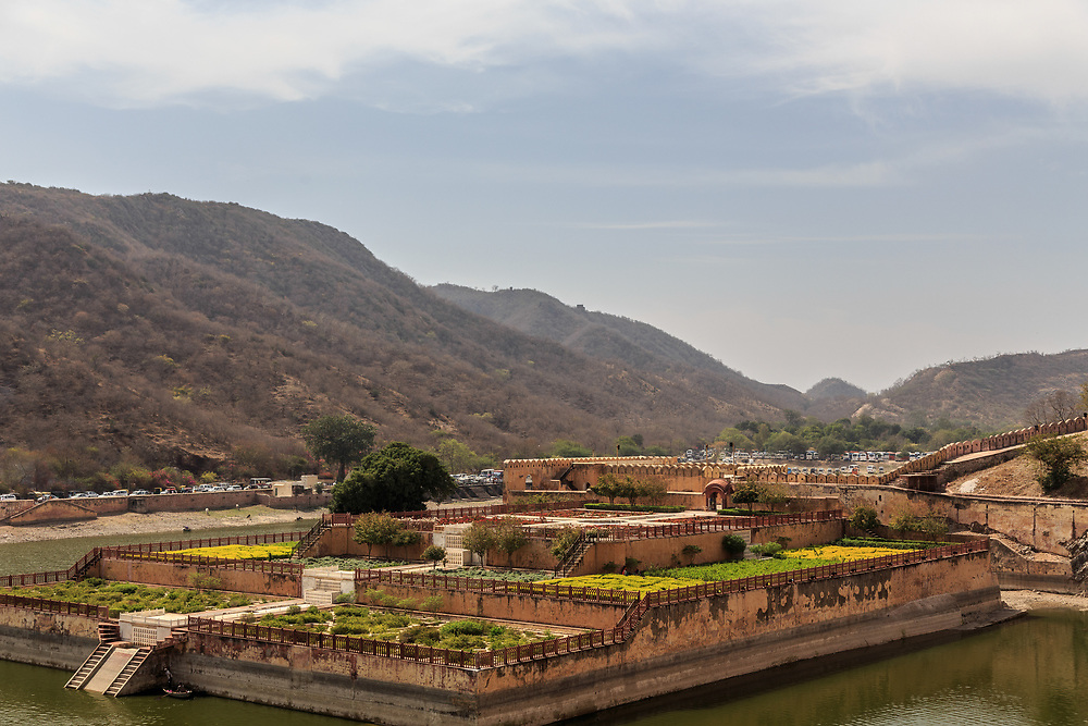 Kesar Kyari Bagh lake in Amer Fort in Jaipur, India. This garden has star-shaped flower beds which the maharaja's once planted with saffron flowers.