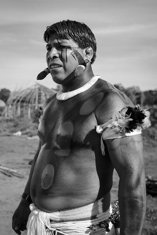 Tumin. Aldeia Ipatse, etnia Kuikuro, Alto Xingu.