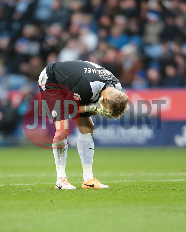 Leicester City's Kasper Schmeichel - Photo mandatory by-line: Nigel Pitts-Drake/JMP - Tel: Mobile: 07966 386802 14/12/2013 - SPORT - Football - Leicester - King Power Stadium - Leicester City v Burnley - Sky Bet Championship