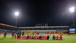 FC Nordsjælland-spillerne gør klar til jubel med deres fans efter kampen i 3F Superligaen mellem FC Nordsjælland og AC Horsens den 19. februar 2020 i Right to Dream Park, Farum (Foto: Claus Birch).
