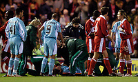 Fotball<br /> UEFA Cup 2004/2005<br /> Foto: SBI/Digitalsport<br /> NORWAY ONLY<br /> 04.11.2004<br /> <br /> Middlesbrough v Lazio<br /> <br /> Lazio's Giuliano Giannichedda receives treatment for an injury that forces his replacement.