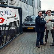 Autohandelaar Nicky Swieben vind onderdak bij Marc Eitens van Star Auto Totaal Finish