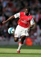 Photo: Tom Dulat.<br /> Arsenal v Bolton Wanderers. The FA Barclays Premiership. 20/10/2007.<br /> Emmanuel Eboue of Arsenal with the ball.