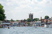 """Henley on Thames, United Kingdom, 3rd July 2018, Sunday,  """"Henley Royal Regatta"""", The Diamond Challenge Sculls, Finalists, (Left) Mahe DRYSDALE NZL M1X,  (Right) Kjetil BORCH NOR M1X,passing the Progress Board,    View, Henley Reach, River Thames, Thames Valley, England, UK."""