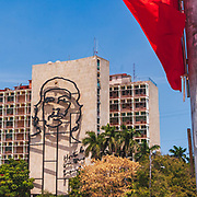 A huge mural of Che Guavar on the side of the Ministry of Interior building in Plaza de la Revolución (Revolution Square) in Havana, Cuba. Modelled on the 1960 photograph by Alberto Koda.