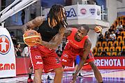 DESCRIZIONE : Campionato 2014/15 Serie A Beko Semifinale Playoff Gara4 Dinamo Banco di Sardegna Sassari - Olimpia EA7 Emporio Armani Milano<br /> GIOCATORE : David Moss Frank Elegar<br /> CATEGORIA : Before Pregame Curiosità<br /> SQUADRA : Olimpia EA7 Emporio Armani Milano<br /> EVENTO : LegaBasket Serie A Beko 2014/2015 Playoff<br /> GARA : Dinamo Banco di Sardegna Sassari - Olimpia EA7 Emporio Armani Milano Gara4<br /> DATA : 04/06/2015<br /> SPORT : Pallacanestro <br /> AUTORE : Agenzia Ciamillo-Castoria/L.Canu<br /> Galleria : LegaBasket Serie A Beko 2014/2015