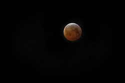 January 21, 2019 - Stockholm, Sweden - This is how the moon looked during monday morning in Stockholm. (Credit Image: © Joel Alvarez/ZUMA Wire)