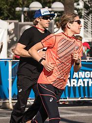 USA Olympic Team Trials Marathon 2016, Ryan and Sara Hall warmup