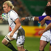 Schalk Burger, South Africa, makes a break during the South Africa V Samoa, Pool D match during the IRB Rugby World Cup tournament. North Harbour Stadium, Auckland, New Zealand, 30th September 2011. Photo Tim Clayton...