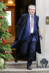 "© Licensed to London News Pictures. 18/12/2018. London, UK. Damian Hinds - Secretary of State for Education departs from No 10 Downing Street after attending the weekly Cabinet Meeting that discussed the preparations for a ""No Deal"" Brexit. Photo credit: Dinendra Haria/LNP"