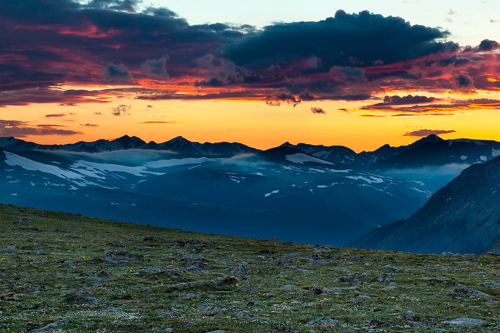A summer sunset at Forest Canyon overlook on Trail Ridge Road in Rocky Mountain National Park, Colorado.