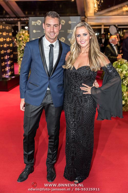 NLD/Amsterdam/20171012 - Televizier-ring Gala 2017, Monique Smit en partner Martijn Molleman