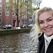 """NLD/Amsterdam/20100421 -  Presentatie Bastiaan van Schaik boek """"Koken met Modellen"""", Natascha Hart"""