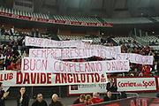 DESCRIZIONE : Roma Eurolega 2008-09 Lottomatica Virtus Roma Tau Vitoria<br /> GIOCATORE : Tifosi Davide Ancilotto<br /> SQUADRA : Lottomatica Virtus Roma<br /> EVENTO : Eurolega 2008-2009<br /> GARA : Lottomatica Virtus Roma Tau Vitoria<br /> DATA : 08/01/2009<br /> CATEGORIA : Tifosi<br /> SPORT : Pallacanestro <br /> AUTORE : Agenzia Ciamillo-Castoria/G.Ciamillo