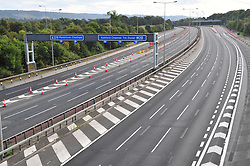 © Licensed to London News Pictures. 16/09/2018<br /> AYLESFORD, UK.<br /> Junction 5 looking towards Dover.<br /> The M20 in Kent remains closed this morning between J4-J6 while work to dismantle and remove Teapot Lane footbridge at Aylesford continues. Diversions are in place as the motorway looks deserted.The works are part of the project to turn the stretch of the M20 into a smart motorway.<br /> Photo credit: Grant Falvey/LNP