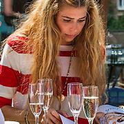 NLD/Amsterdam/20140613 - Leco van Zadelhoff organiseert samen met Beau Monde Beau Bateau een vaartocht met vriendinnen, Estelle Cruijff