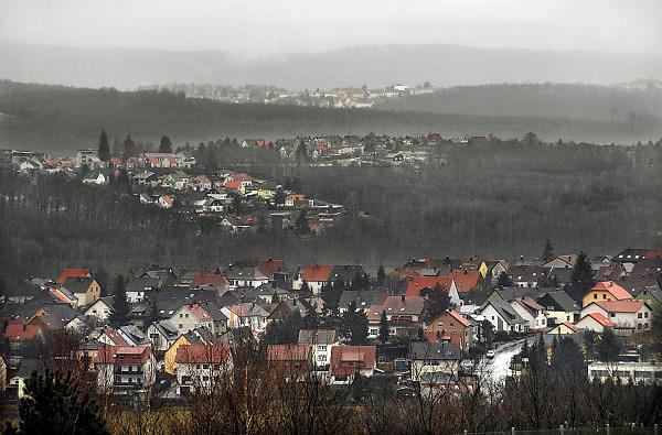Duitsland, Gottelborn, 3-3-2008..Landschap in het Saarland. Er bevinden zich veel kolenmijnen in dit gebied, die echter stilgelegd worden omdat zich in het gebied aardbevingen voordoen tot 4 op de schaal van Richter, en die veroorzaken veel schade en gevaar voor de bevolking...Foto: Flip Franssen