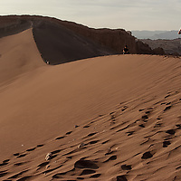 Every year a lot of tourists are climbing the sand dune in Valle de la Luna for a magnificient view over the valley.