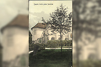 Zagreb : kuća grofa Jelačića. <br /> <br /> ImpresumZagreb : Naklada papirnice A. Brusina, 1907.<br /> Materijalni opis1 razglednica : tisak ; 13,8 x 8,9 cm.<br /> NakladnikTiskara A. Brusina<br /> Mjesto izdavanjaZagreb<br /> Vrstavizualna građa • razglednice<br /> ZbirkaZbirka razglednica • Grafička zbirka NSK<br /> Formatimage/jpeg<br /> PredmetZagreb –– Dimitrija Demetra<br /> SignaturaRZG-DEM-4<br /> Obuhvat(vremenski)20. stoljeće<br /> NapomenaRazglednica je putovala 1907. godine. • Razglednica prikazuje Palaču Magdalenić-Drašković-Jelačić u Demetrovoj ulici 7-9. • U donjem lijevom rubu poleđine razglednice otisnuta je abrevijacija S. D. M. (S. D. Modiano Trieste).<br /> PravaJavno dobro<br /> Identifikatori000952691<br /> NBN.HRNBN: urn:nbn:hr:238:188440 <br /> <br /> Izvor: Digitalne zbirke Nacionalne i sveučilišne knjižnice u Zagrebu