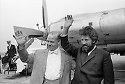 Mike Meaney, who broke the world record by spending 61 days buried alive in a coffin in Kilburn, with his ptomoter, legendary strongman Butty Sugrue from Kerry, who used to pull buses with his teeth. .25.05.1968