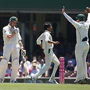 Peter Siddle shows his disappointment after his dismissal during the Australia V Pakistan 2nd Cricket Test match at the Sydney Cricket Ground, Sydney, Australia, 6 January 2010. Photo Tim Clayton