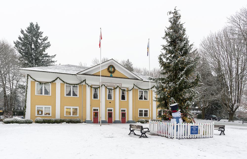 Christmas tree, Fort Langley Community Hall, Fort Langley, British Columbia, Canada.