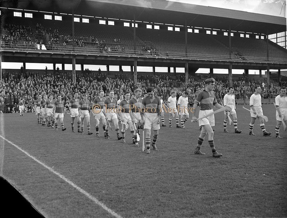 09/10/1955<br /> 10/09/1955<br /> 9 October 1955<br /> St. Brendan Cup Final: Tipperary v New York at Croke Park, Dublin.