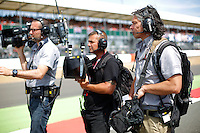 MOTORSPORT - F1 2013 - BRITISH GRAND PRIX - GRAND PRIX D'ANGLETERRE - SILVERSTONE (GBR) - 28 TO 30/06/2013 - PHOTO : FREDERIC LE FLOC'H / DPPI<br /> CANAL+ - AMBIANCE PORTRAIT