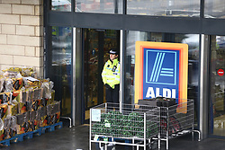 © Licensed to London News Pictures. 22/12/2017. Skipton, UK. Police at the scene where a 30 year old woman has died after she was stabbed in an Aldi supermarket in Skipton. North Yorkshire Police have arrested a 44 year old man on suspicion of murder following the attack shortly before 3:30 pm on Thursday. Photo credit: Andrew McCaren/LNP