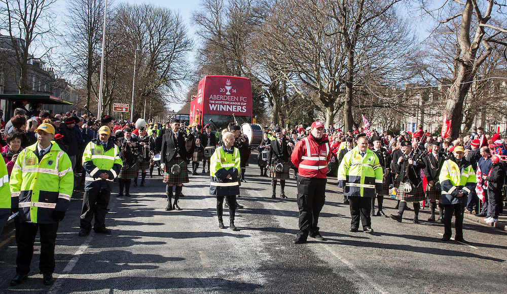 Aberdeen Football Club celebrates last weekend's League Cup success with an open-top bus parade on Union Street Aberdeen.<br /> <br /> (Picture by Michal Wachucik/Newsline Media Ltd)