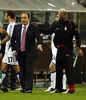 Photo: Chris Ratcliffe.<br />Anderlecht v Liverpool. UEFA Champions League.<br />19/10/2005.<br />Liverpool manager Rafael Benitez knows Djibril Cisse has got him out of a tight game