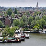 NLD/Amsterdam/20110623 - Uitzicht over oosterdokhaven vanauit Openbare Bibliotheek Amsterdam,