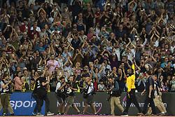 August 13, 2017 - London, STORBRITANNIEN - 170813 Jamaicas Usain Bolt vinkar till publiken nÅr han gÅ¡r ett Årevarv under dag tio av friidrotts-VM den 13 augusti 2017 i London  (Credit Image: © Joel Marklund/Bildbyran via ZUMA Wire)