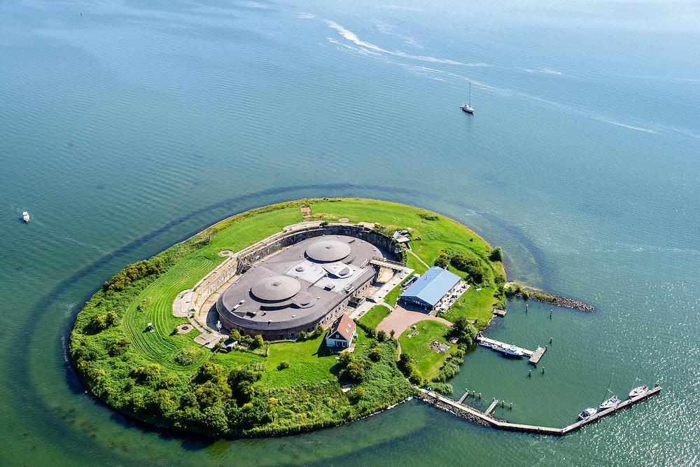 Nederland, Noord-Holland, Gemeente Muiden, 28-04-2010; Forteiland Pampus in het IJmeer, onderdeel van de Stelling van Amsterdam. Rijksmonument, onderdeel van de Werelderfgoedlijst van Unesco (zie ook eerdere foto's).<br /> Fort Pampus Island in the IJmeer, part of the Defence Line of Amsterdam. Unesco World Heritage.<br /> luchtfoto (toeslag op standard tarieven);<br /> aerial photo (additional fee required);<br /> copyright foto/photo Siebe Swart