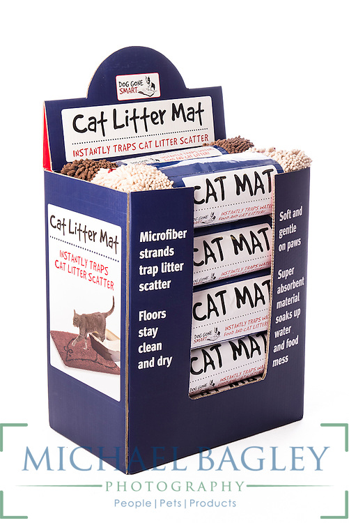 Dog Gone Smart Pet Products' Cat Litter Mat display box.