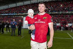 May 20, 2017 - Limerick, Irland - Peter O'Mahony of Munster with his daughter after the Guinness PRO12 Semi-Final match between Munster Rugby and Ospreys at Thomond Park Stadium in Limerick, Ireland on May 20, 2017  (Credit Image: © Andrew Surma/NurPhoto via ZUMA Press)