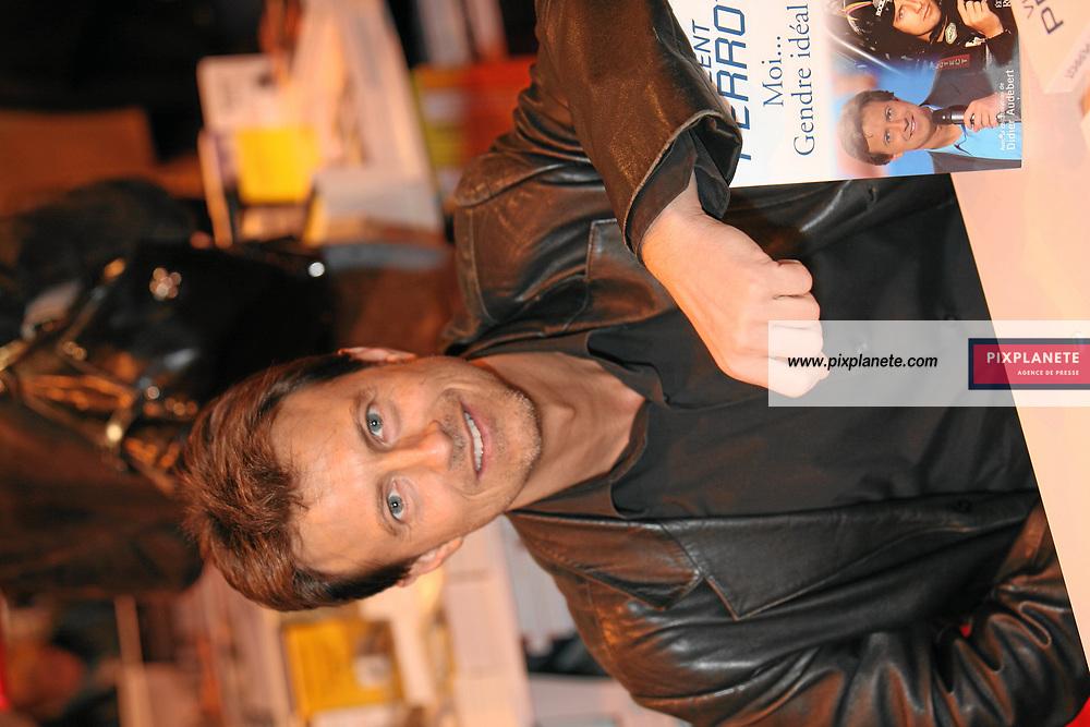 Vincent Perrot - Salon du livre 2007 - Paris, le 24/02/2007 - JSB / PixPlanete