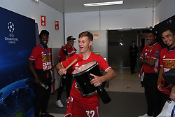 LISBON, PORTUGAL - Sunday, August 23, 2020: FC Bayern Munich's Joshua Kimmich celebrates with a drum after the UEFA Champions League Final between FC Bayern Munich and Paris Saint-Germain at the Estadio do Sport Lisboa e Benfica. FC Bayern Munich won 1-0. (Credit: ©UEFA)